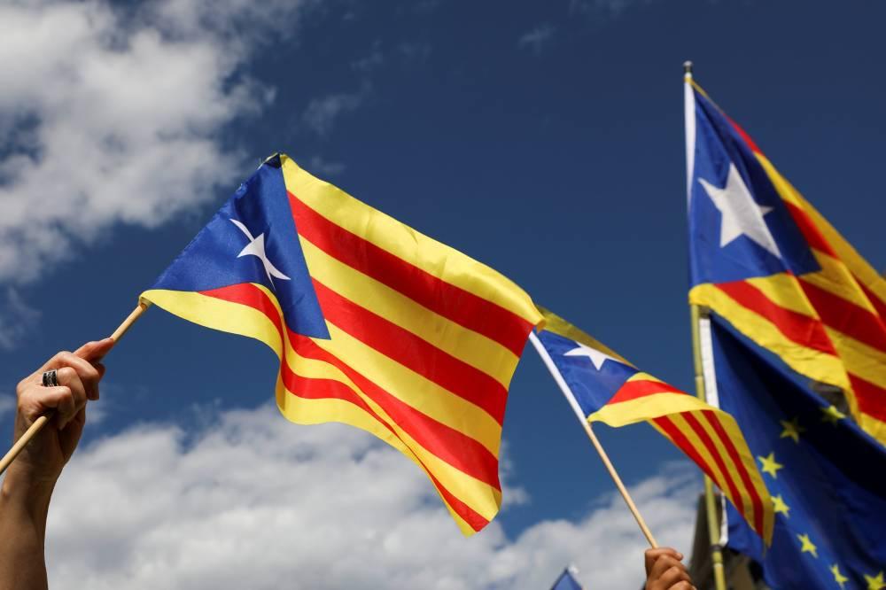 Separatistas catalães ainda tentam acordo para formar governo
