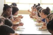 Alimentação escolar na rede estadual de ensino vai ganhar reforços em 2018