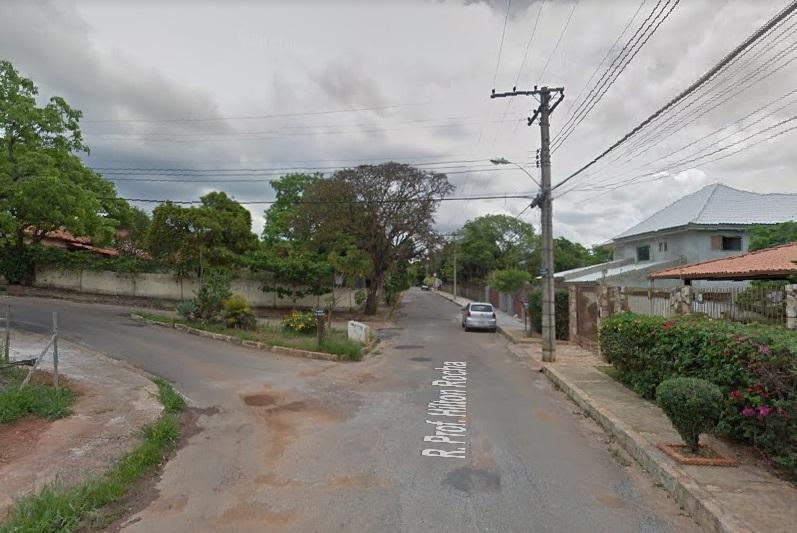 Bomba é jogada em casa de ONG protetora de animais no bairro Praia Angélica