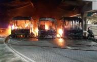 Motorista incendeia três ônibus em Vespasiano e é preso