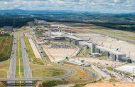 Após pouso de emergência, Aeroporto Internacional de BH opera com restrições