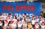 Palomar 35 anos: alunos do infantil desejam feliz natal com música. E festa tem que ter música!