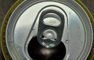 Funcionário de supermercado furta latas de cerveja e é descoberto