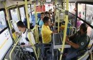 Vereadores recebem veto do prefeito à proibição de catracas duplas em ônibus