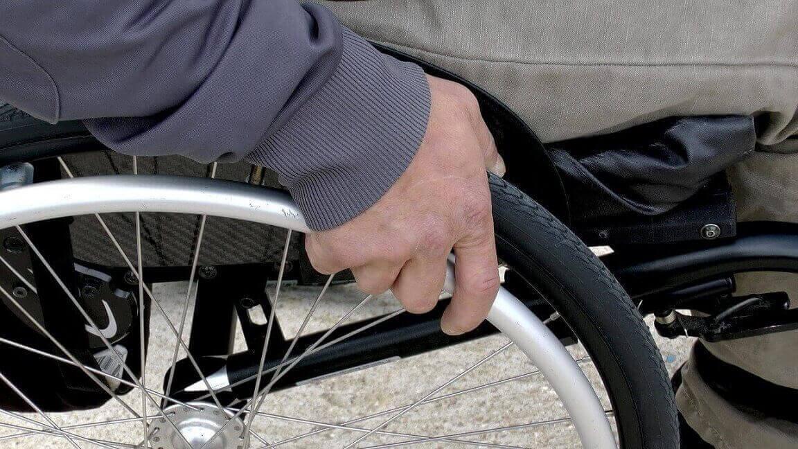 Prefeitura também vetou passe livre para pessoas com deficiência