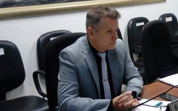Vereadores de Lagoa Santa derrubam veto do prefeito à projeto que visa combater a dengue