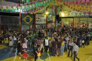 """Alunos apresentam a beleza da cultura popular brasileira no """"Arraial Palomar"""" em Lagoa Santa"""