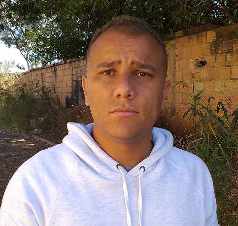 Carlos Eduardo, mais conhecido como Zito