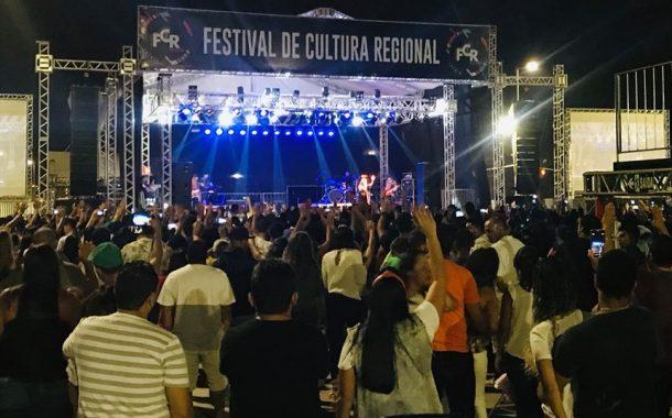 Trio Parada Dura encerra hoje Festival de Cultura Regional