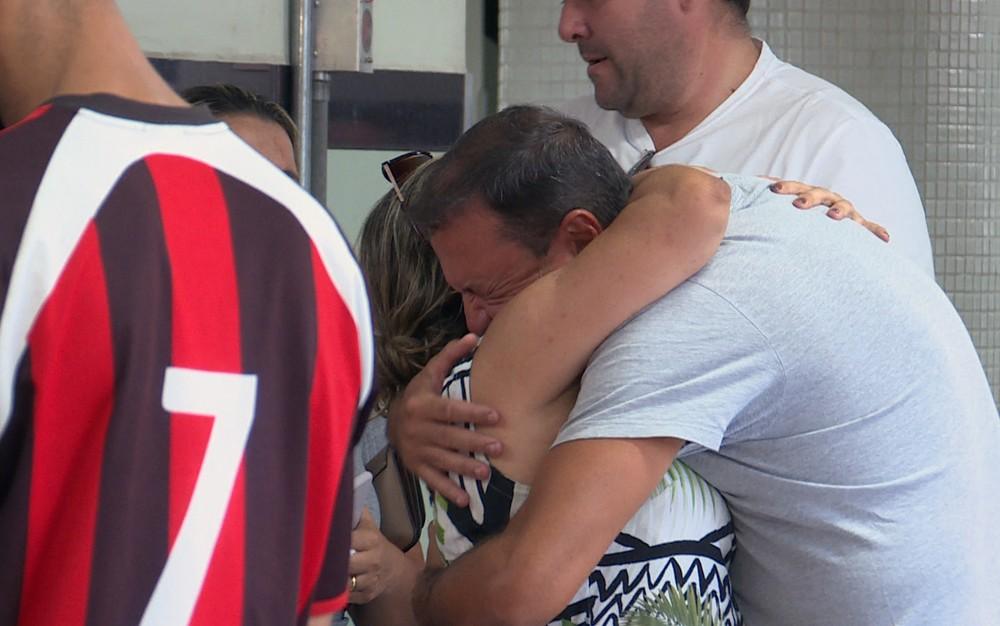 Menina de Lagoa Santa cai do 9º andar de prédio em Belo Horizonte