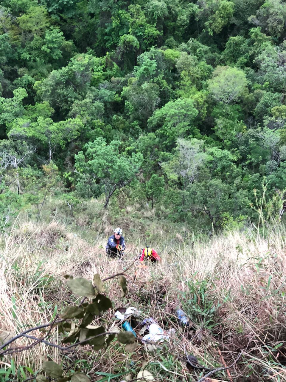Cai em ribanceira e morre na Serra do Cipó