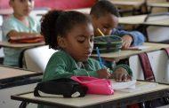 Leis incluem empreendedorismo e turismo pedagógico nas escolas do Estado