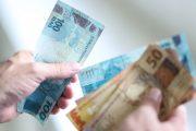 Governo eleva salário mínimo para R$1.045,00