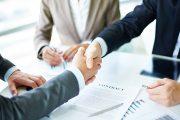 Saiba como negociar contratos com bancos, telefonias e companhias aéreas