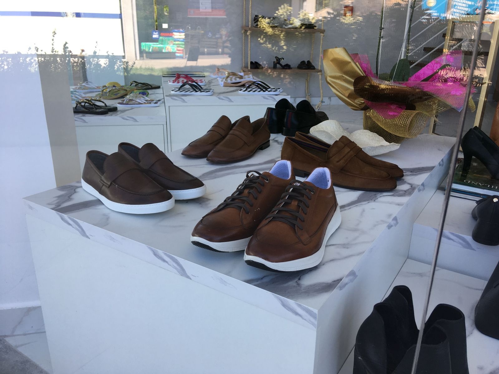 Boutique André Nogues traz novidades para o público masculino da cidade