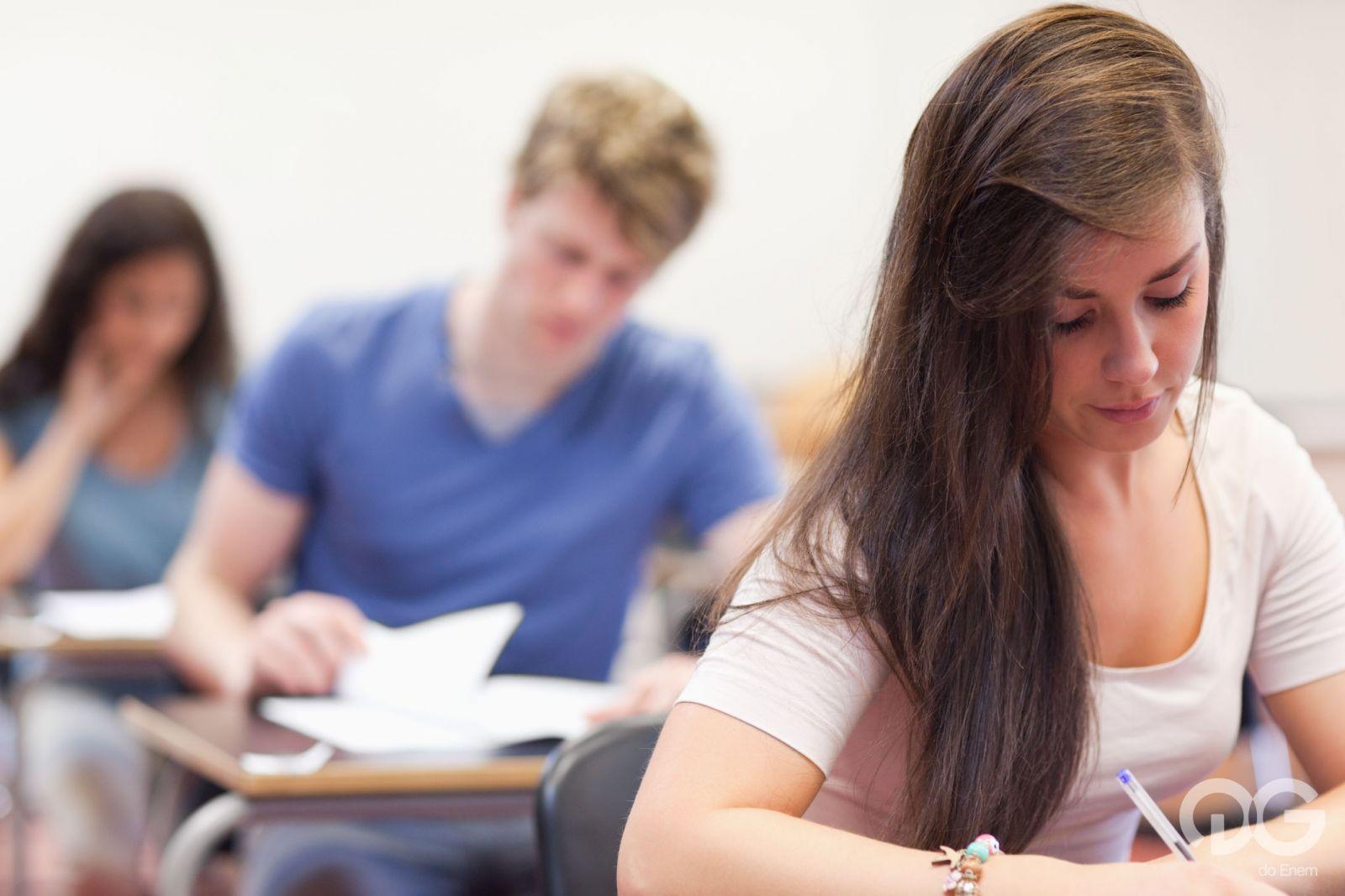 Ministério da Educação decide adiar o Enem 2020