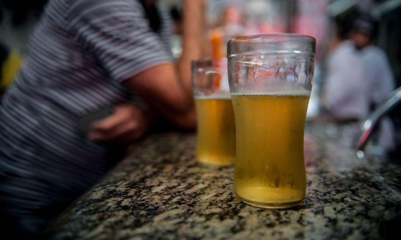 Novo decreto de Lagoa Santa proíbe consumo de bebidas alcoólicas em locais públicos