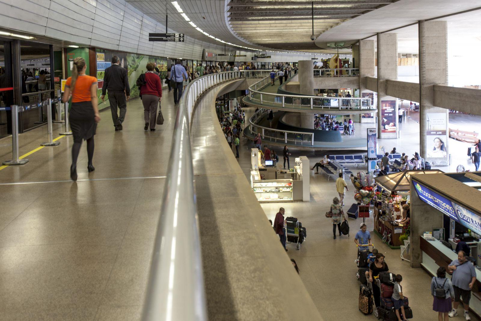 Cerca de 50 mil passageiros devem passar pelo Aeroporto Internacional de BH durante o feriado