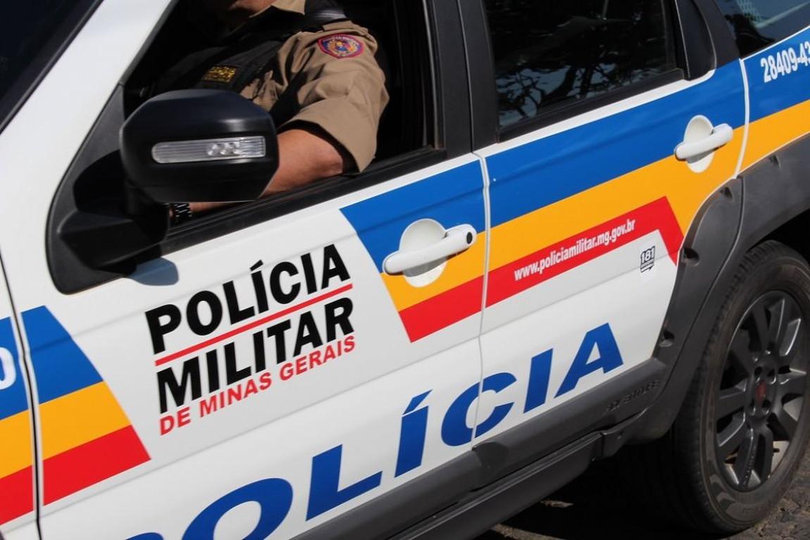 PM apreende jovem com drogas e arma no bairro Vila José Fagundes