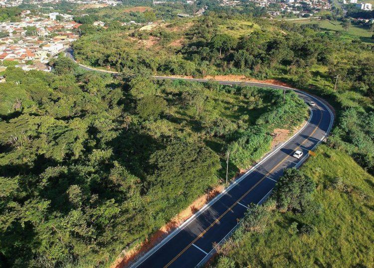 Prefeitura de Santa Luzia assina novo Decreto Municipal e inaugura a Estrada do Alto das Maravilhas