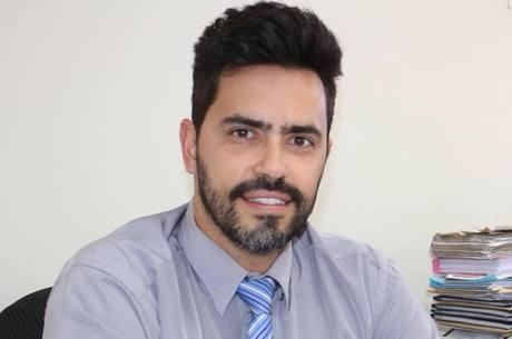 Prefeito de Santa Luzia recusa colocar presidiários como prioridade na ordem de vacinação