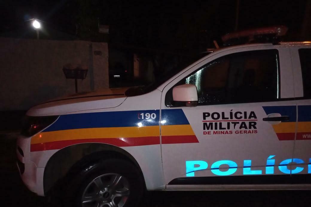 Polícia Militar intercepta carro com gangue armada no Santos Dumont