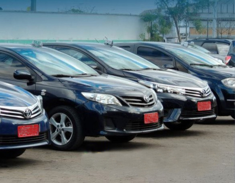 Uso da cor azul escuro pelos táxis convencionais de Lagoa Santa é aprovado pela Câmara