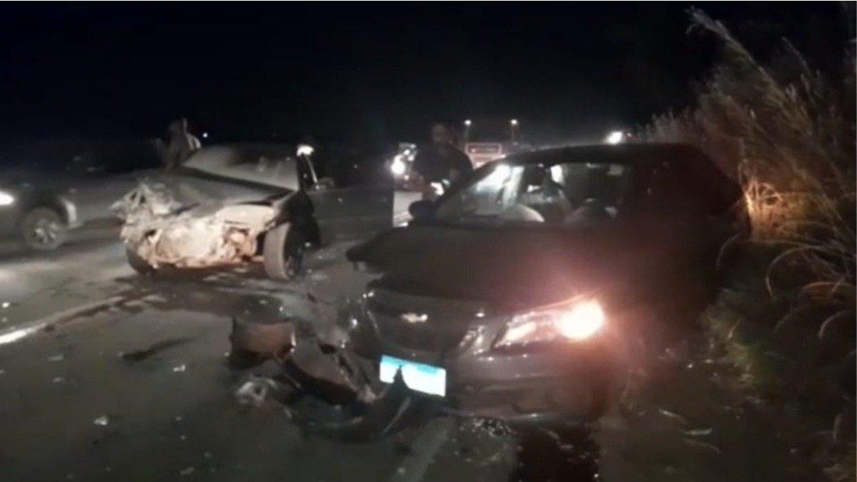 Colisão entre 2 carros em Jaboticatubas deixa 5 feridos