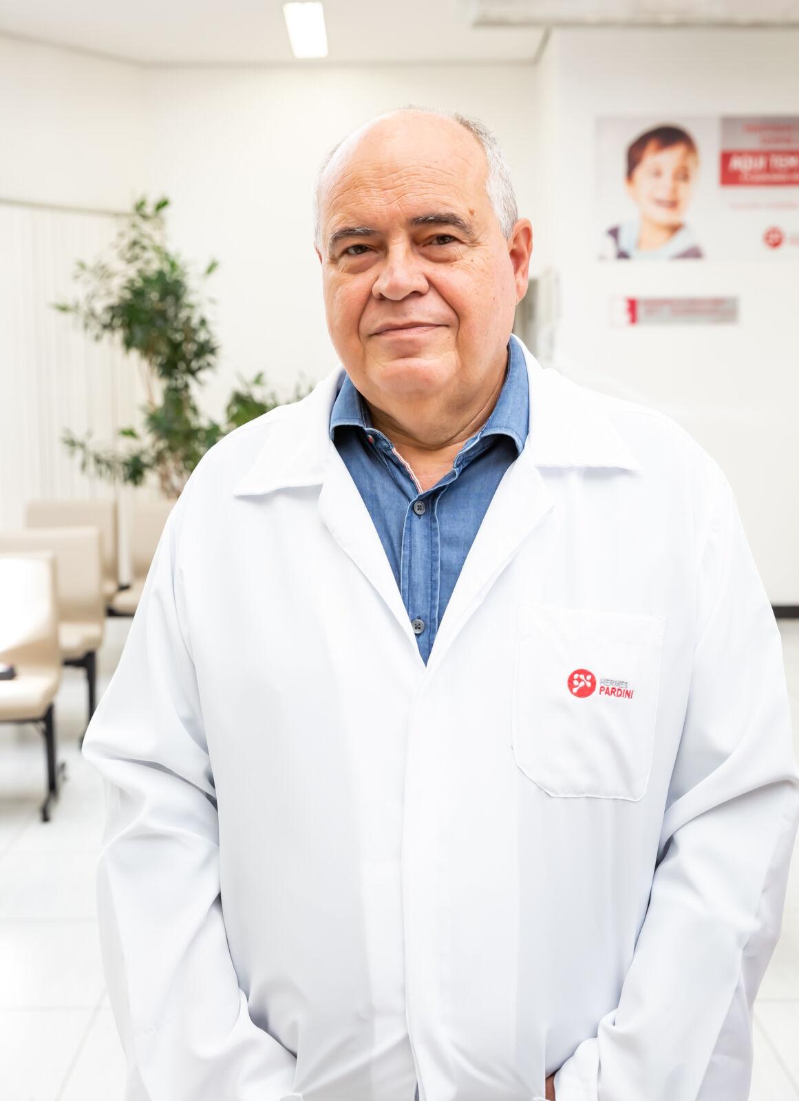 Epidemiologista do Hermes Pardini explica intervalo para aplicação das vacinas