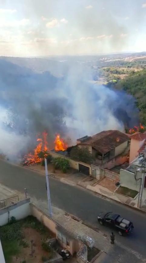 Incêndios atingem Lagoa Santa