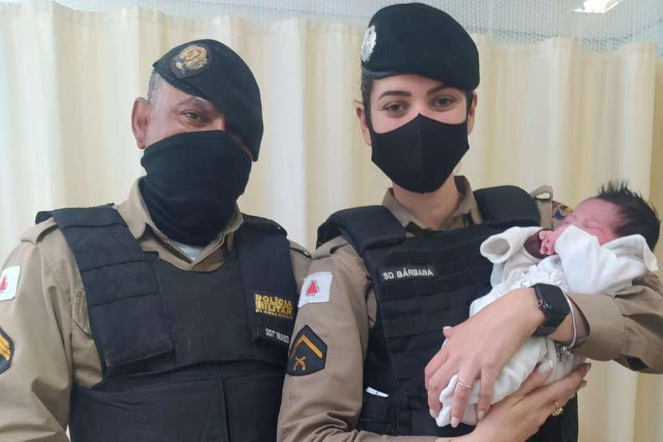 Policiais ajudam a realizar parto de urgência em Ribeirão das Neves