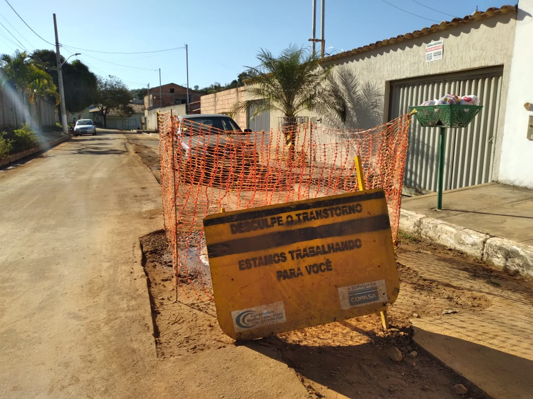 As obras da rede de esgoto do bairro Aeronautas entram na reta final