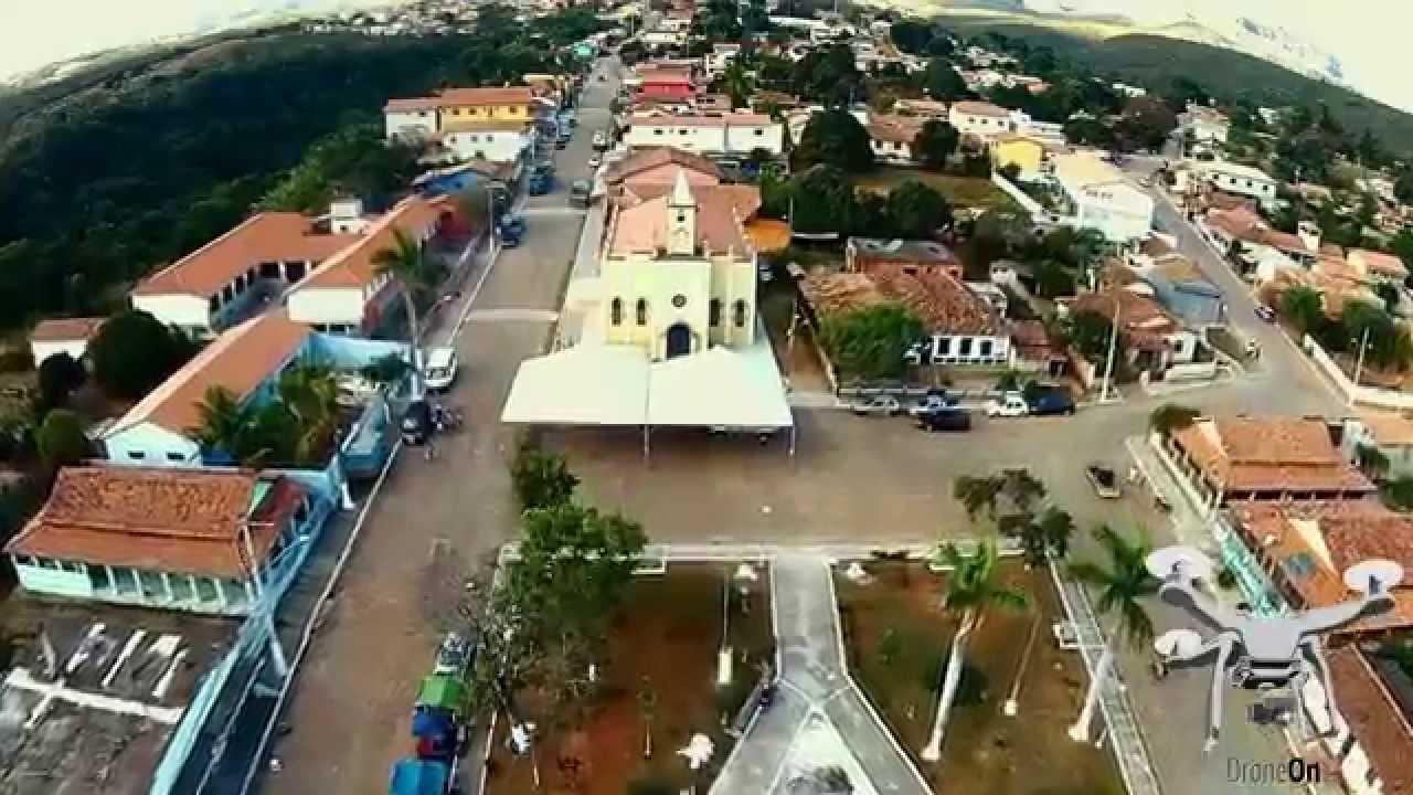 Prefeitura de Santana do Riacho passa por obra de modernização e ampliação