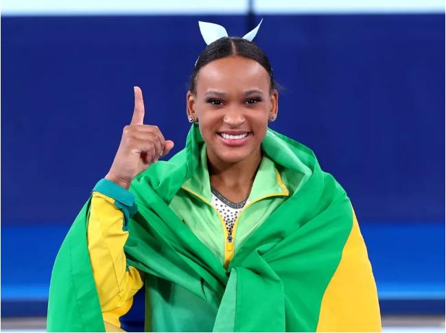 Salto de Ouro – Rebeca Andrade quebra vários recordes e  já é o melhor desempenho individual nos Jogos Olímpicos 2020