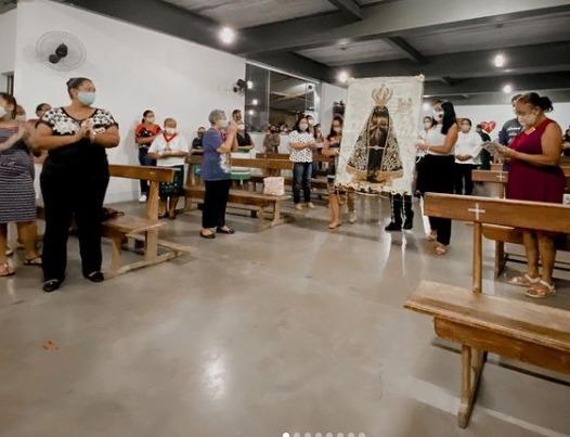 Paróquia de São Paulo Missionário recebe fiéis neste feriadão